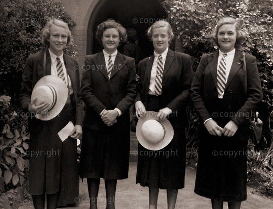 Final goodbyes - Celia,Ruth, Self & Molly
