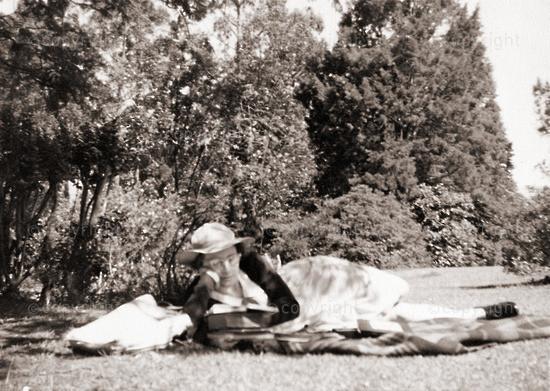 Swotting and sunbathing