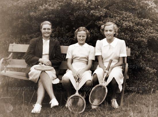 Tennis: Mol, Arden & Penny